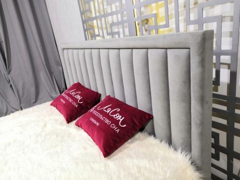 Кровать интерьерная МАРКИЗ с рамкой